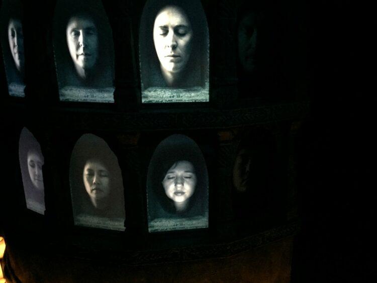 Spot photos Game of Thrones