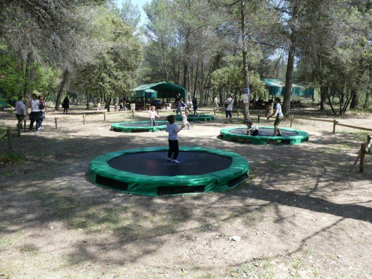 Village des automates-trampoline